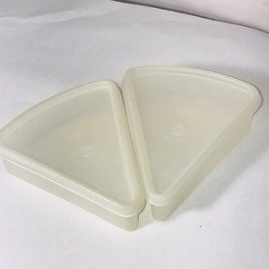 2 VTG Tupperware Pie Wedge Slice Keeper Containers